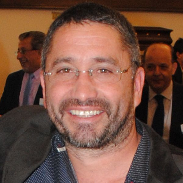 Dr. Fabián Ferro