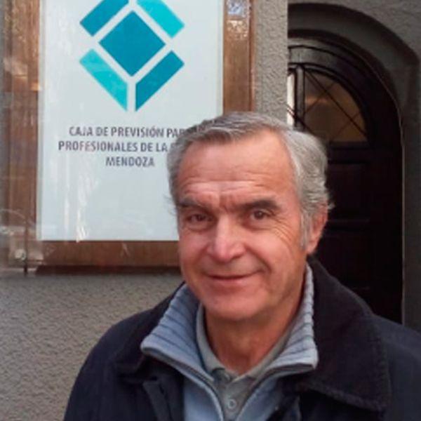 Dr. Diego Correa