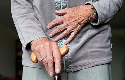 La ONU denuncia que la COVID-19 está afectando los derechos de las personas mayores