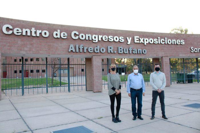 Vacunación en el Centro de Congresos y Exposiciones Alfredo Bufano