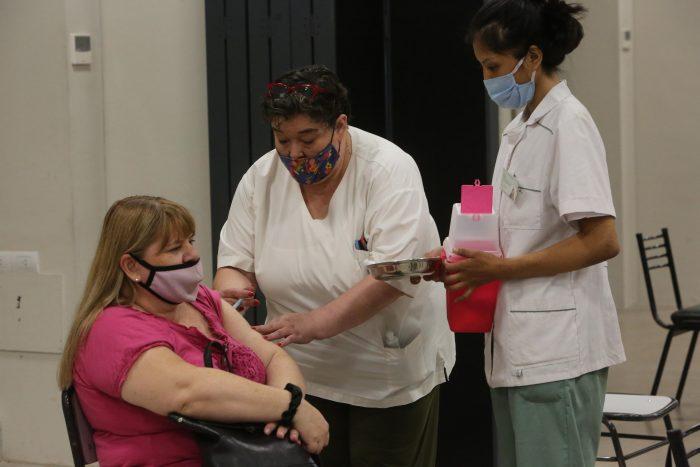 COVID-19: brindan detalles sobre el programa de vacunación en Mendoza