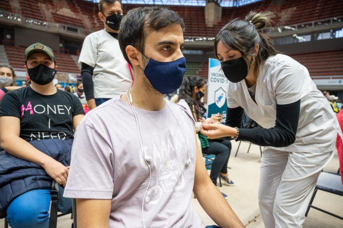 COVID-19: el Ministerio de Salud de Mendoza amplía la vacunación para los mayores de 40