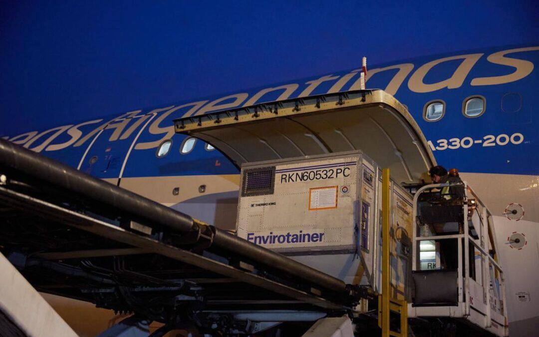 Arribó a Argentina un nuevo cargamento de Sinopharm